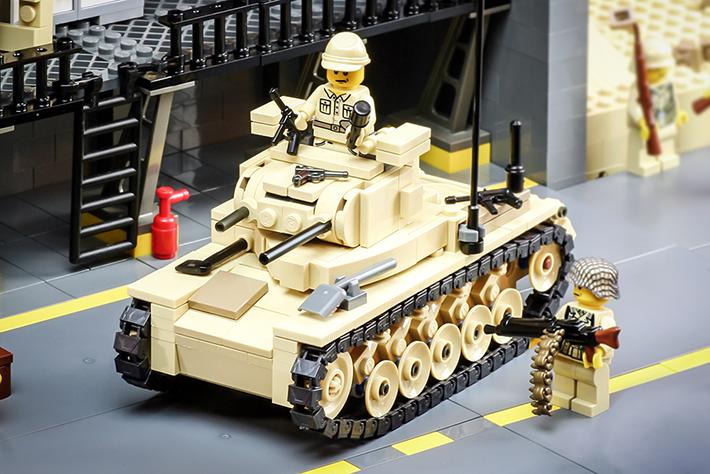 588685532f5a6 2065-panzerii-megaton-action-closeup-710.jpg