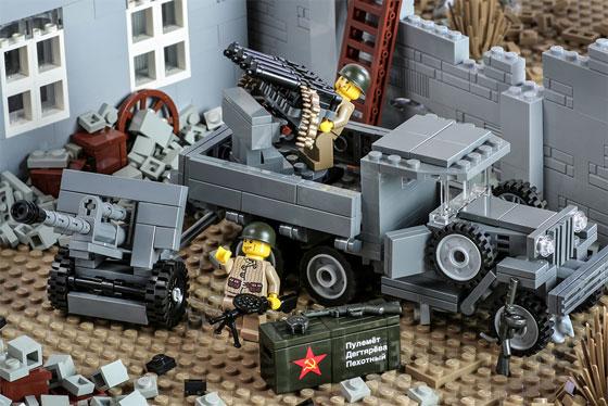 2080-maximaa-battlepack-action-560.jpg