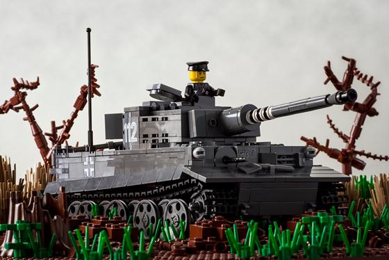 2090-tiger-i-action-560.jpg